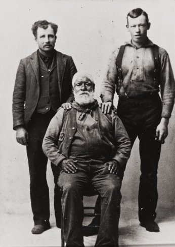 Fernando Librado Kitsepawit (1839-1915), born and raised at Mission San Buenaventura, sits next to Jerd Barker and Pat Forbes. Kitsepawit's parents born Santa Cruz Island and brought to the mission as children. 1912