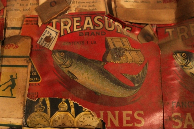 Treasure Sardines vintage food label