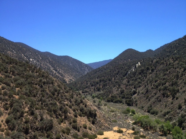 San Emigdion Canyon hiking