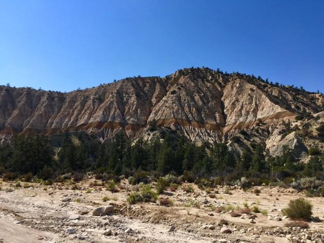 cuyama-badlands-painted-hills
