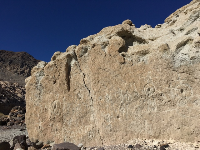 saline-valley-white-cliffs-fertility-site-petroglyphs