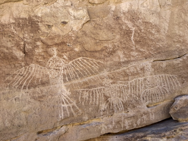 saline-valley-white-cliffs-petroglyphs-death-valley