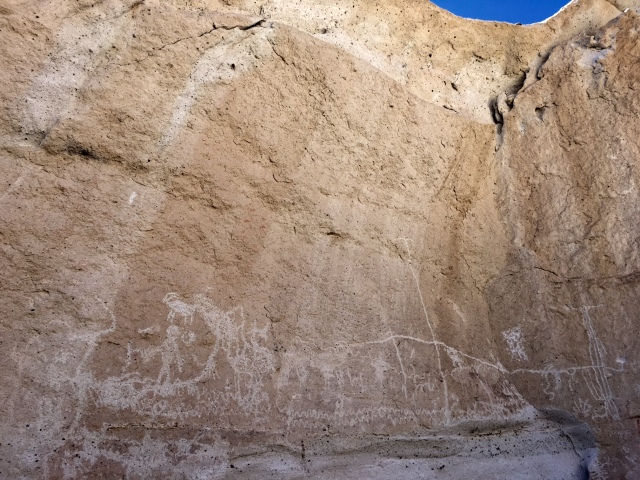 death-valley-petroglyphs-rock-art